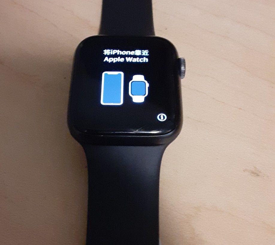 APPLE Watch Series 6, 44 MM, GPS & LTE!