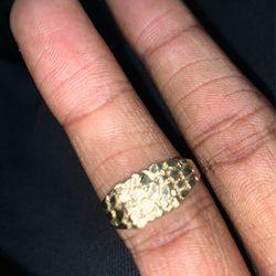 Gold Ring  Thumbnail
