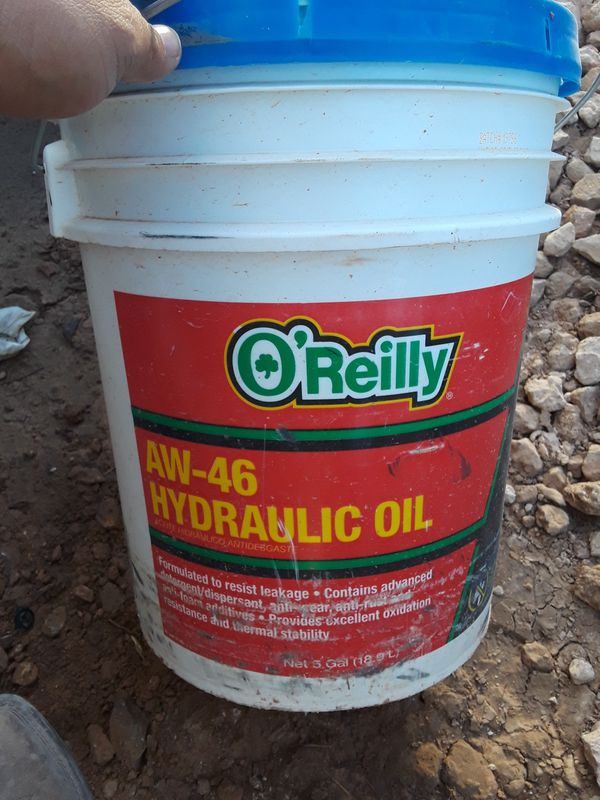 AW-46 Hydraulic Oil 5 gallon for Sale in Midland, TX - OfferUp