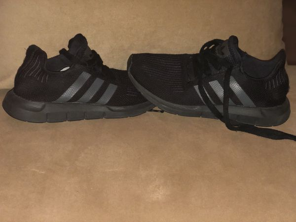 c3770ca0bc0a Adidas shoes kids  20size 6 kids for Sale in Austin