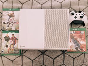Xbox one 500gb white with 3 games for Sale in Alexandria, VA