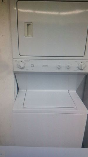 Stackable washer and dryer must read for Sale in Millersville, MD