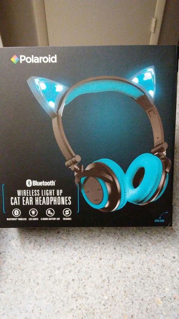3e4ac3df2d8 BLUE! Polaroid Bluetooth Wireless Light Up Cat Ear Headphones! for Sale in  Casselberry, FL - OfferUp