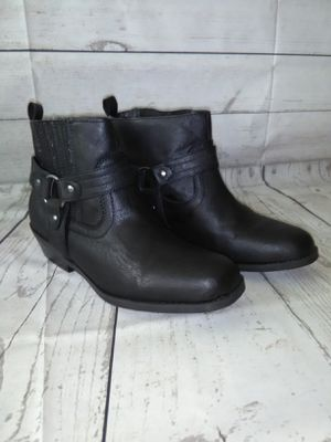 Beautiful Nicole Boot , women's size 7.5 ( excellent condition ) for Sale in Frederick, MD