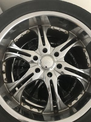 "22"" rim and tires came off a Chevy Surburban for Sale in Washington, DC"