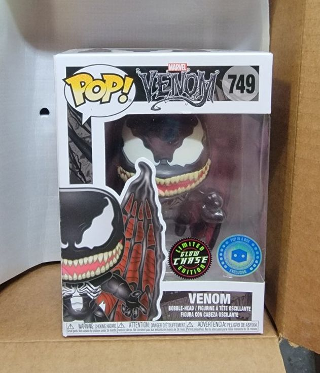 """FUNKO """"MARVEL"""": VENOM """"W/WINGS"""" (L.E. GITD CHASE)!! (EXTREMELY RARE/VHTF) **PIAB EXCLUSIVE** 🔥 (MINT CONDITION/INCLS HARD PROTECTOR) *AVAIL*"""