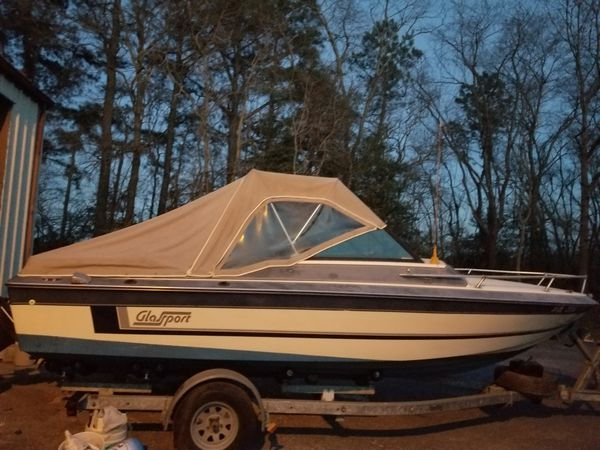 Glassport 21ft w/ trailer