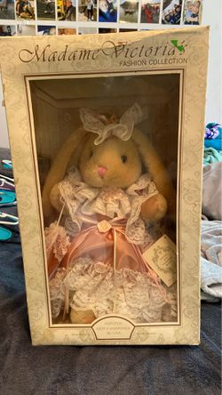 Madame Victoria's Jointed Old Fashion Bunny Thumbnail