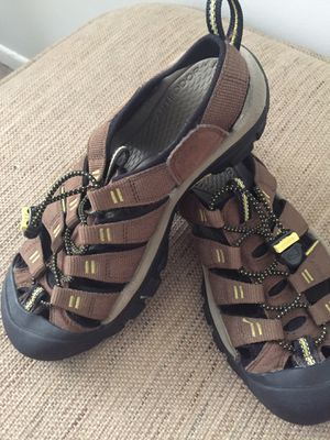 Keen sandals size 7 for Sale in Falls Church, VA