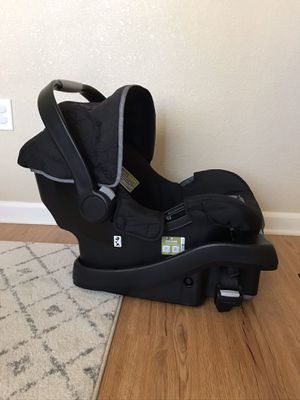Photo Eddie Bauer infant car seat