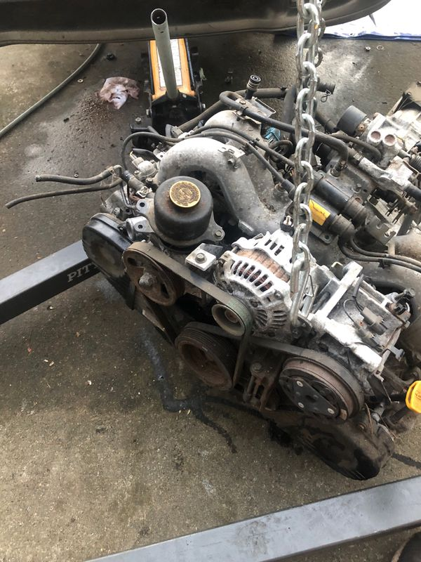 94 1 8 liter 4 cylinder Subaru Impreza engine and transmission for Sale in  Carnation, WA - OfferUp