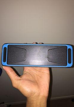 BT speaker ! Thumbnail