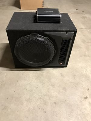 """Photo 12"""" Rockford Fosgate P1 subwoofer and 600W Kicker amp"""