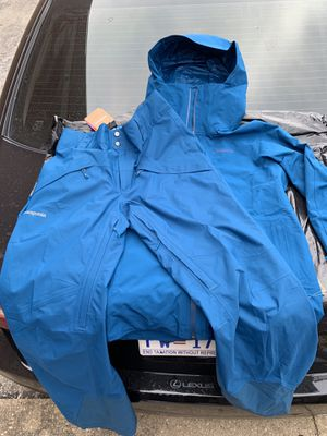 Men's Patagonia Gortex Suit for Sale in Washington, DC
