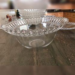 Set Of 4 Plates And 10 Salad Bowls Thumbnail