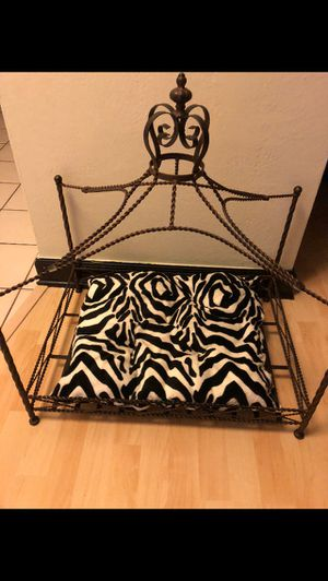 Dog bed like new for Sale in Clearwater, FL