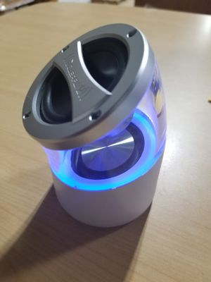 Bluetooth speaker for Sale in Orlando, FL