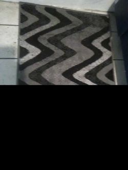 Rug (size of a welcome mat) Thumbnail