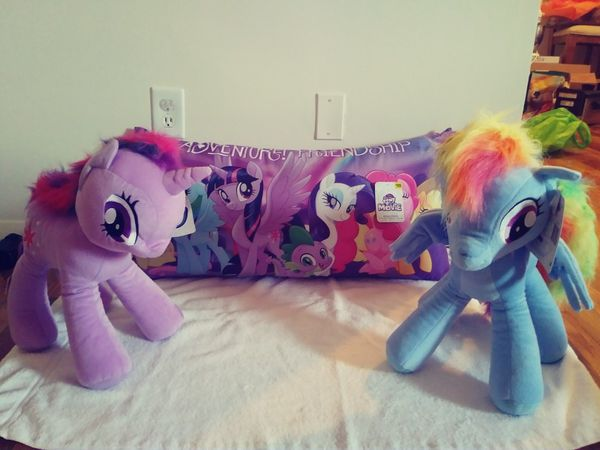My Little Pony Stuffed Animals And Body Pillow New 50 Value 25