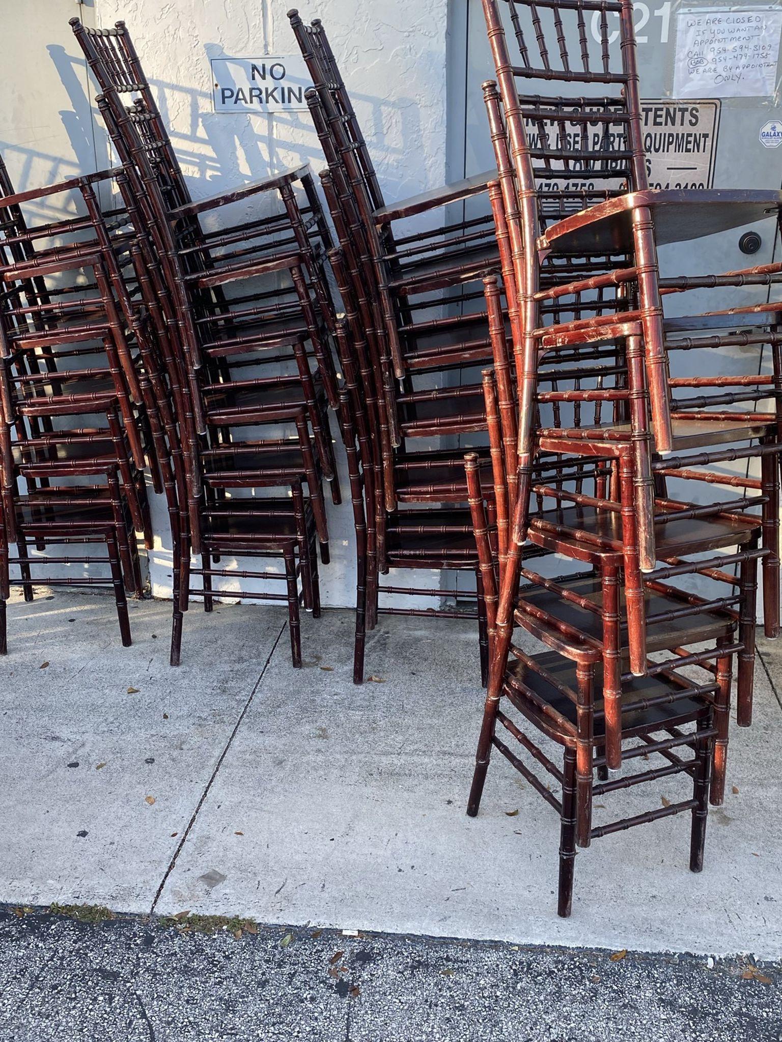 Mahogany chiavari chairs For Sale