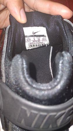 Nike 6.5 youth Thumbnail