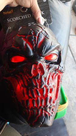 Led scorched mask Thumbnail