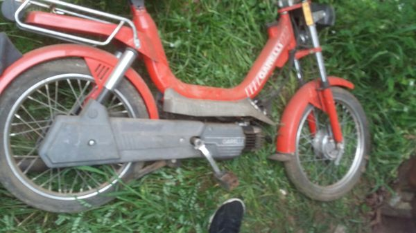 Vintage Geralli Gas Pedal Moped for Sale in Gaston, SC - OfferUp