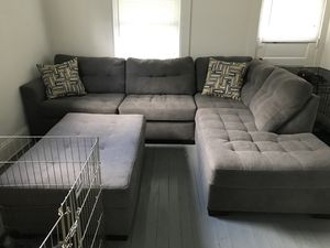 Brand new sofa !! for Sale in Cleveland, OH