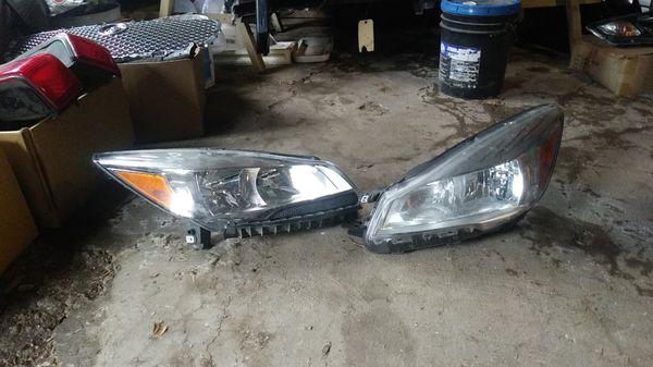 2013 16 Ford Escape Headlights For Sale In Dallas Tx Offerup
