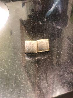 Diamond earrings Thumbnail