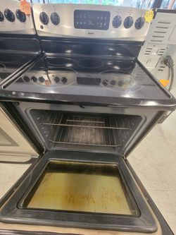 Kenmore Electric Stove Used Good Condition With 90day's Warranty  Thumbnail