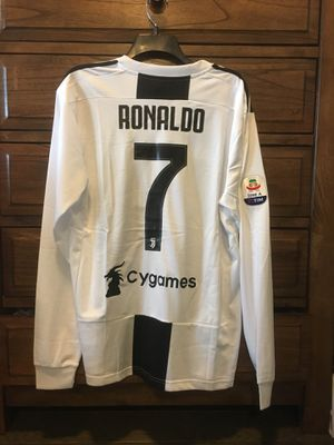 brand new 7d4e0 0225e Juventus Cristiano Ronaldo #7 long sleeve Jersey for Sale in Charlotte, NC  - OfferUp