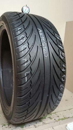 1 Tire 275 40 20 lexani lx seven no repairs high tread Thumbnail
