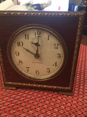 Seth Thomas table clock for Sale in Chicago, IL