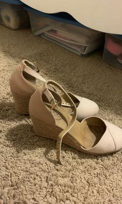 Wedge heels Thumbnail