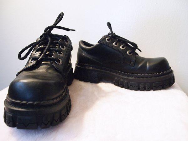 81ab7eff9c95 BONGO    Vintage 90s Black Goth   Cyberpunk Shoes for Sale in ...