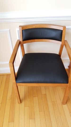 Chair for Sale in Rockville, MD