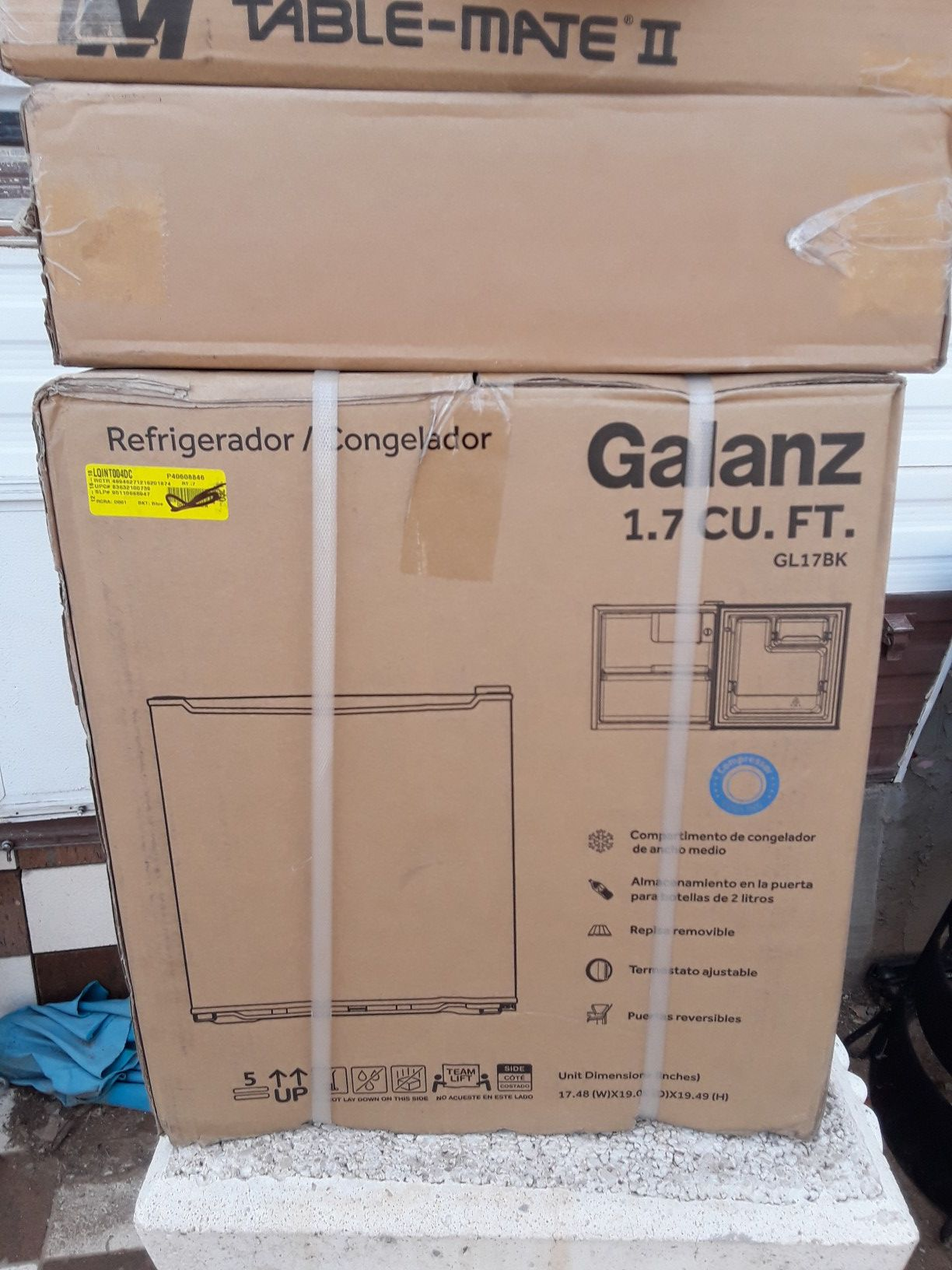 Galanz mini fridge 1.7 cf