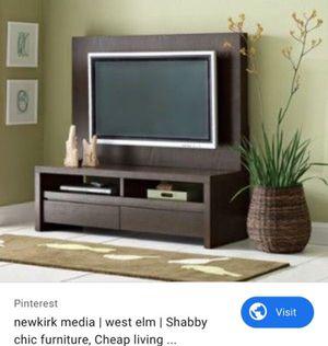 Photo West Elm TV Media Stand