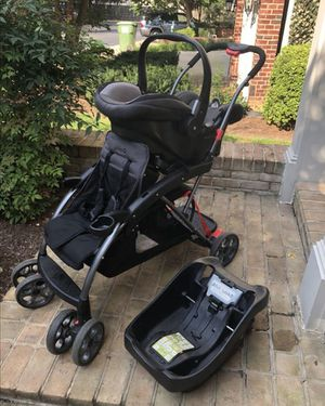 Double Stroller w/Car seat for Sale in Washington, DC