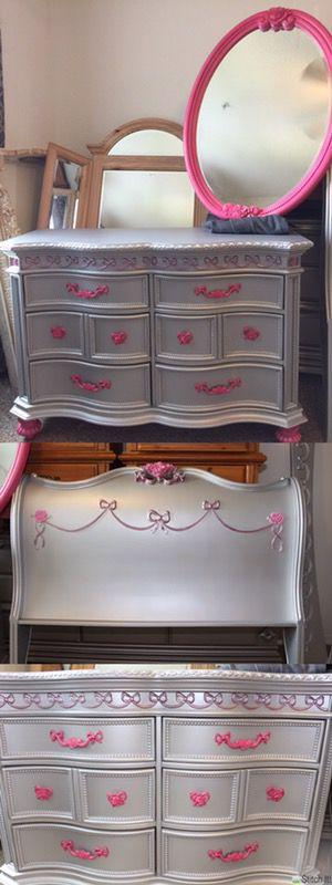 DISNEY PRINCESS BEDROOM FULL SIZE for Sale in Orlando, FL