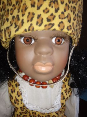 Antique doll collectible for Sale in Columbus, OH