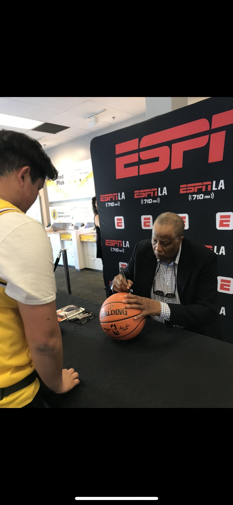 Jamaal Wilkes Autographed Ball