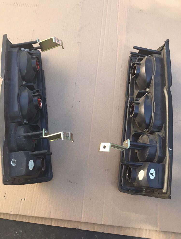 Nissan Hardbody Taillights