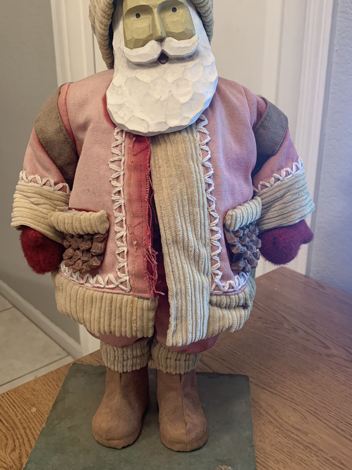 """Unique Vintage 20"""" Carved Resin Face Santa with Foam Body on Wood Stand Pincone"""