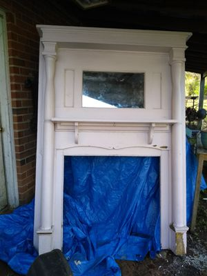 Antique Oak Mantle for Sale in Cumberland, VA
