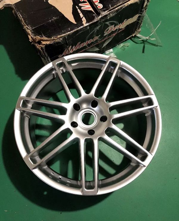 Milano Design 22in Rim (just One) Brand New For Sale In