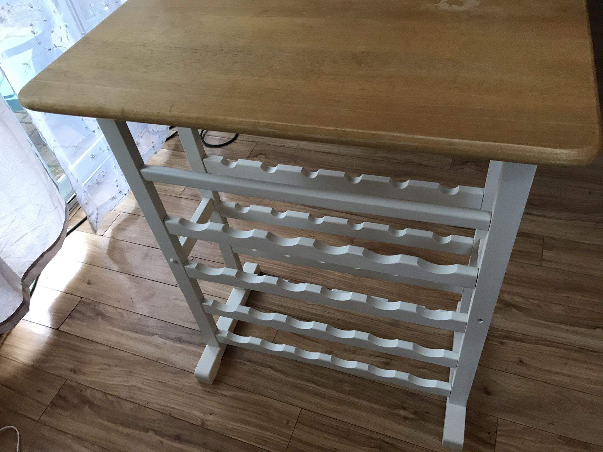 Only listing for wine rack