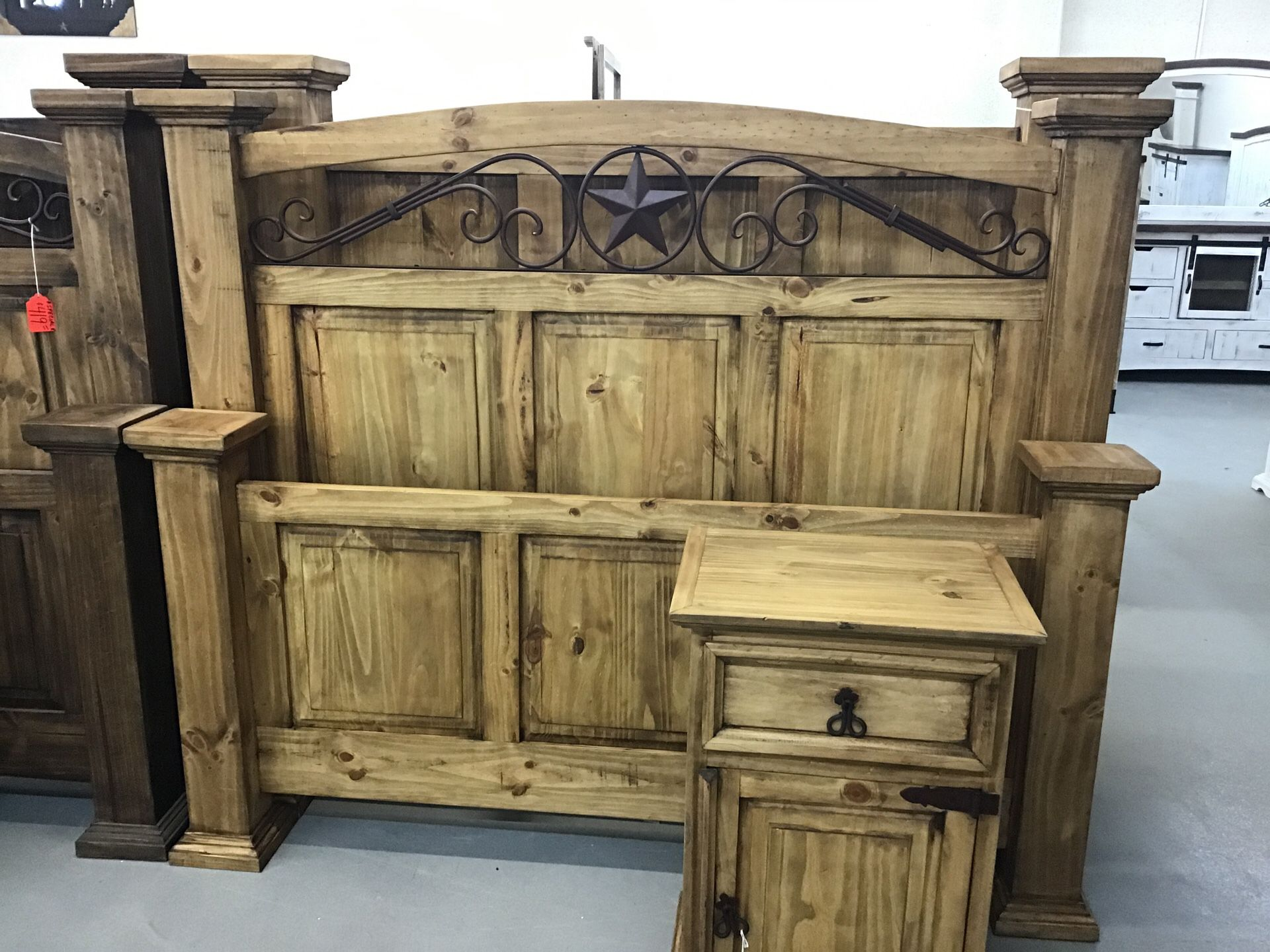 Rustic Pine San Jose Queen Size Bed MD