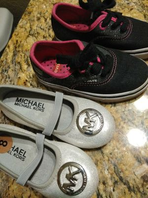3dcdfe20f7 Toddler girl shoes size 9 for Sale in Phoenix